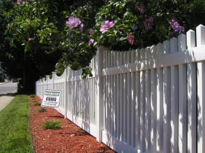 PVC VIctorian Picket Fence
